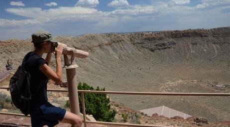 Cratère de météorite, 60 km à l'Est de Flagstaff AZ