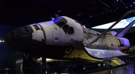Space Shuttle Atlantis, le devant